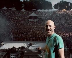 Paul Kalkbrenner riscrive la storia della techno di Berlino