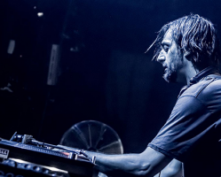Save Fabric: The Off Berlin calls Ricardo Villalobos, Ellen Allien and more